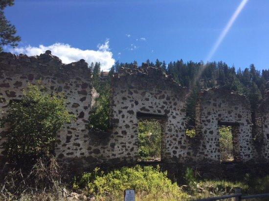 Princeton, Canada: Castle ruins.
