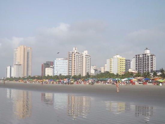 Vila Mirim Beach