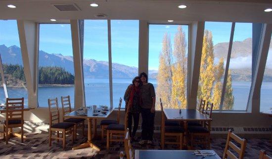 Rydges Lakeland Resort Hotel Queenstown: Despues del desayuno buffet a pasear por el lago
