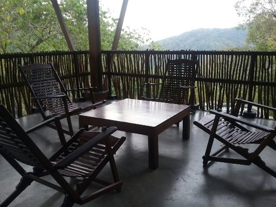 Polgahawela, Sri Lanka: Birds Park Accommodation