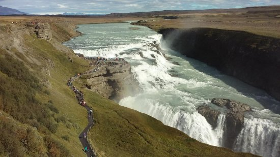Season Tours: Gulfoss Waterfall Iceland