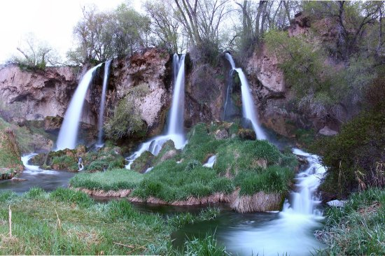 Panoramic view of Rifle Falls. A really pretty waterfall.