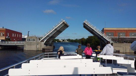 Alpena, MI: Passing under draw bridge on way to bay