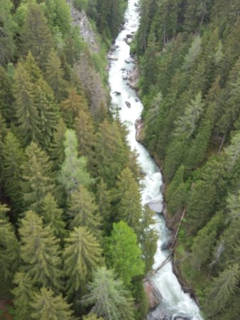 Ernen, Suisse : Hangebrucke Furgangen-Muhlebach