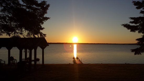 Presque Isle, MI: Sunrise over lake