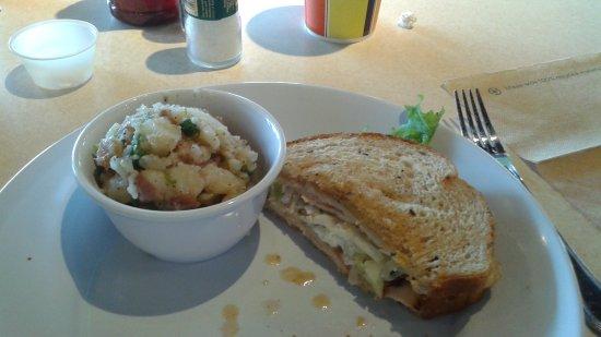 Photo1 Jpg Picture Of Zoes Kitchen Newark Tripadvisor