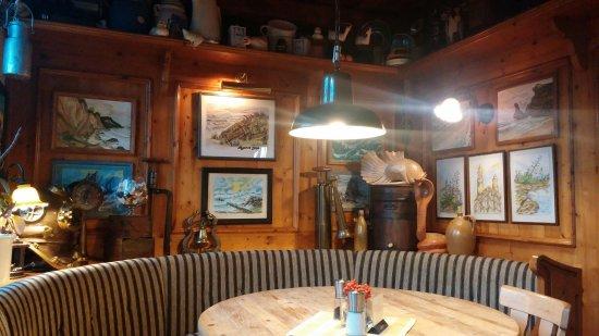 Gasthaus & Pension Zum Hiddenseer: 20160908_193334_large.jpg