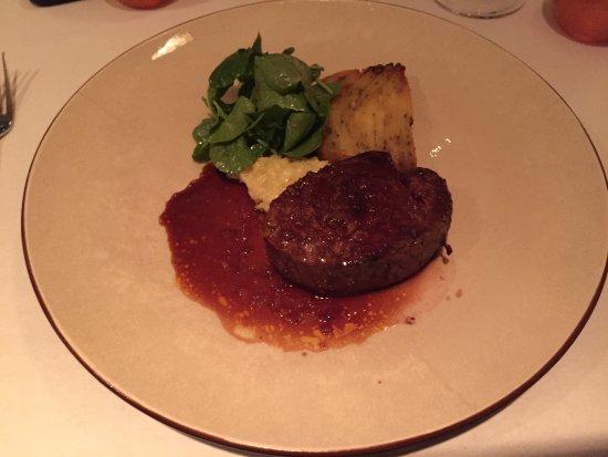 Dax Restaurant: photo2.jpg