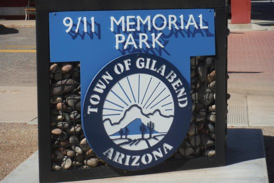 Gila Bend, Αριζόνα: Great place to stop and remember our loss and walk around a litte