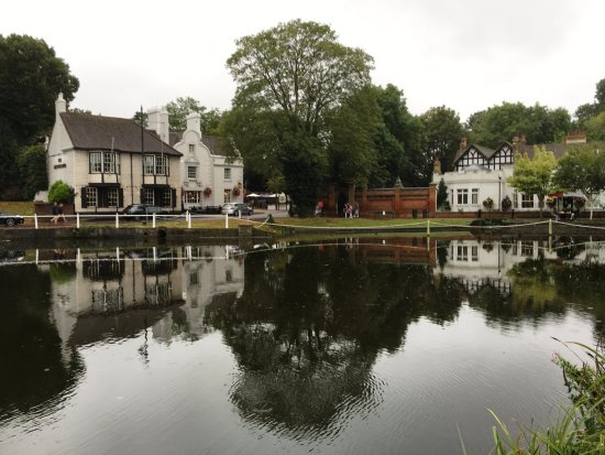 Bed And Breakfast Carshalton