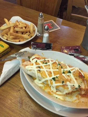 Motherwell, UK: Chicken enchilada, excuse the bad pic!!