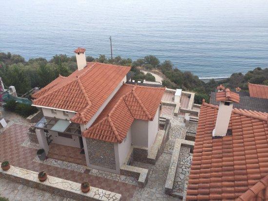 Apelon Tiritas Villas : photo0.jpg