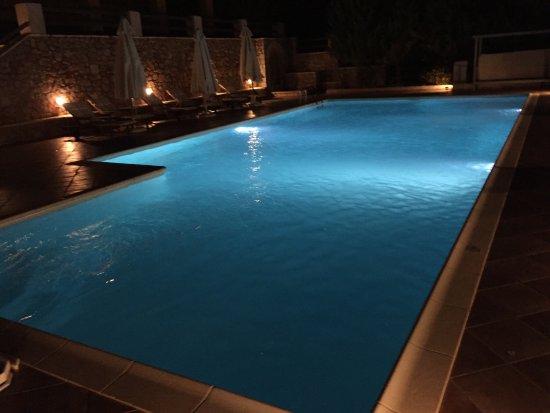 Apelon Tiritas Villas : photo1.jpg