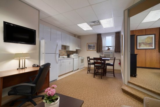 2 Bedroom Suite Picture Of Days Inn Suites By Wyndham Sault Ste Marie On Tripadvisor