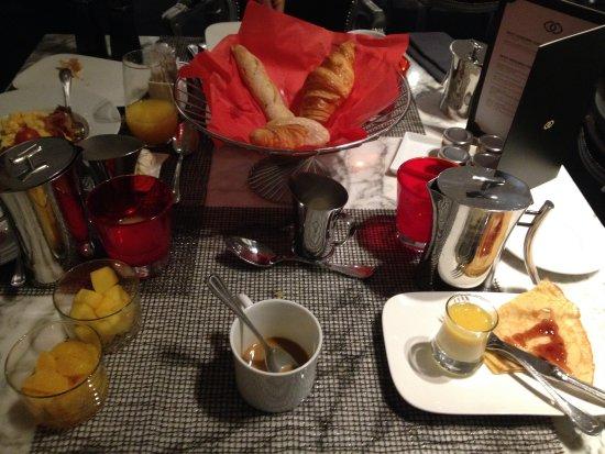 Sofitel Brussels Le Louise: mon petit déjeuner 