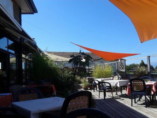 Douvaine, France : La terrasse au 1er étage