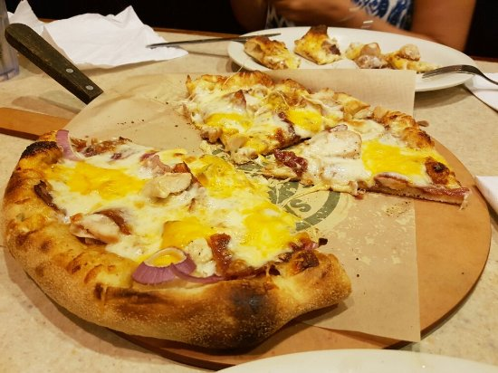 Flippers Pizza: 20160909_205720_large.jpg