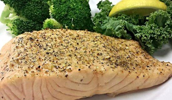 Mattoon, IL: Salmon
