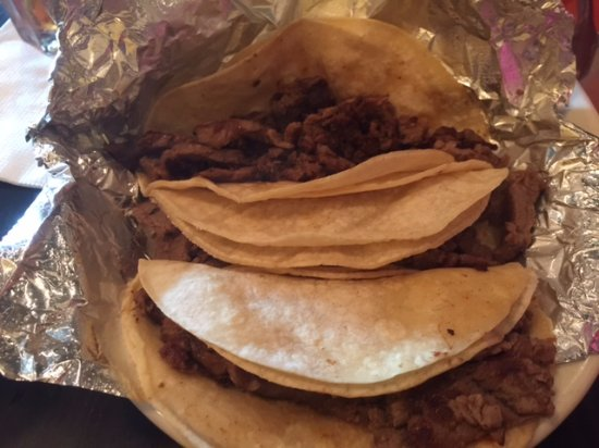 Gambrills, MD: Tacos carne asada were delicious