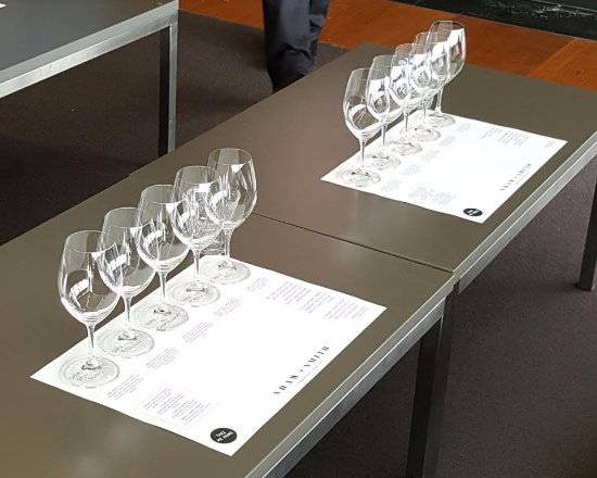 Adelaide Hills, Australia: Private tasting with a detailed explanation of the wines and history.