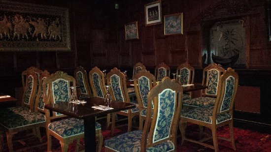 Baan Thai Ballsbridge: Dining area