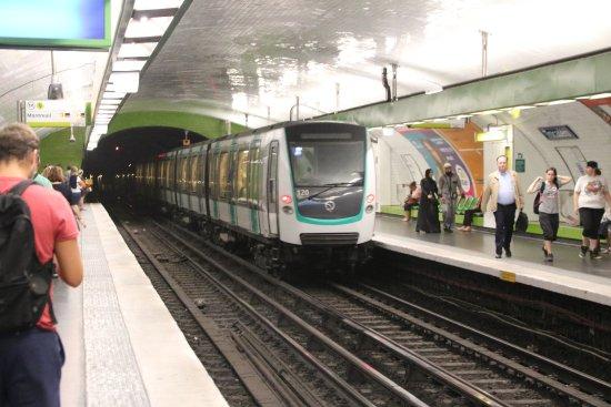 """Résultat de recherche d'images pour """"métro, Paris,"""""""