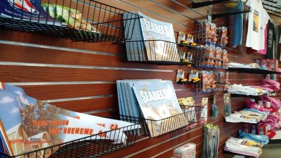 Port Hueneme, Kalifornia: Gifts for kids