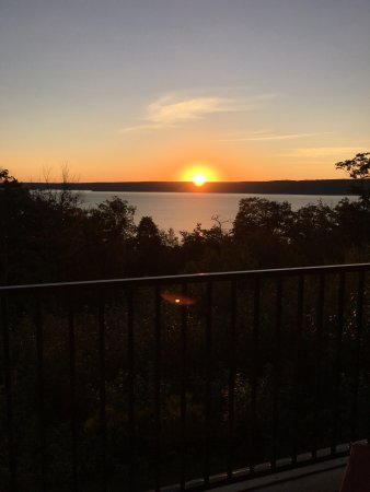 Holiday Inn Express Munising -  Lakeview: photo0.jpg