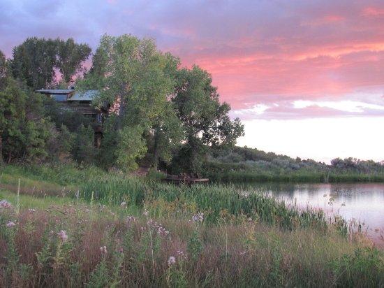 Blue Lake Ranch: Cabin on the lake