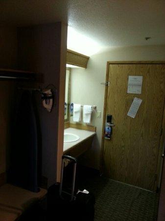 Days Inn & Suites Kanab: 20160903_185930_large.jpg