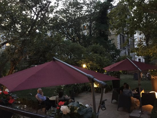 Crowne Plaza London Kensington: Secret garden