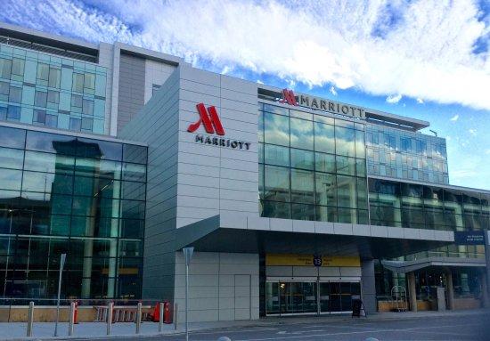 Best Hotel Calgary Airport
