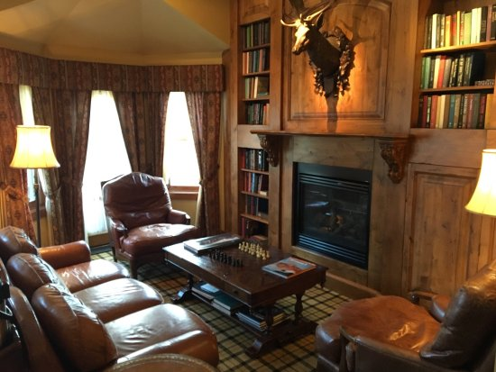 Rusty Parrot Lodge and Spa: photo2.jpg
