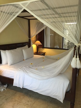 Puri Bunga Resort and Spa: It is a perfect place to stay for a few days. The people are very friendly and helpful and the a