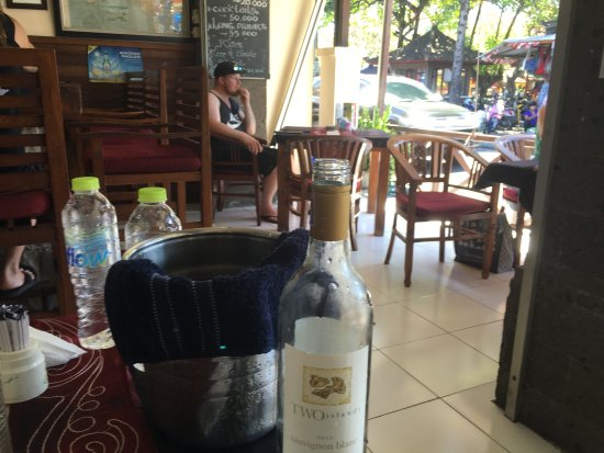 Sheppy`s Bar and Restaurant: photo0.jpg