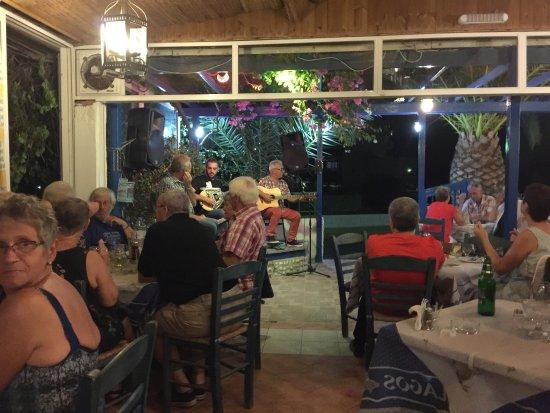 Pelagos Live Music Restaurant : photo4.jpg