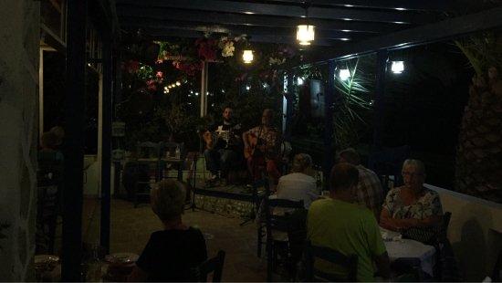 Pelagos Live Music Restaurant : photo8.jpg