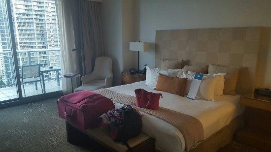 Kimpton EPIC Hotel: 20160908_191541_large.jpg