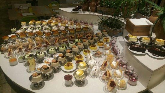 Hotel Meridiana: 20160904_193300_large.jpg