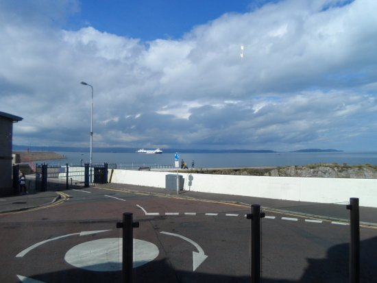 The Salty Dog Hotel and Bistro : view from terrace