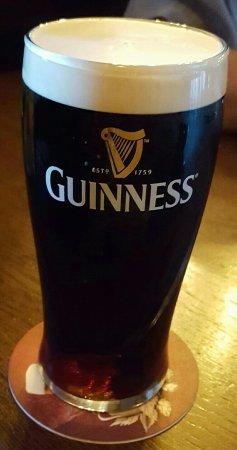 Lir Irish Bar: Superb Guinness in Lir Irish Pub.