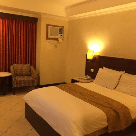 MO2 Westown Hotel-Mandalagan: photo0.jpg