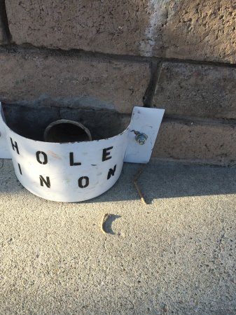 Golfland : Castle hole in one