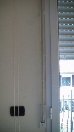Residence Tre Trilo&Suites: Tapparella camera