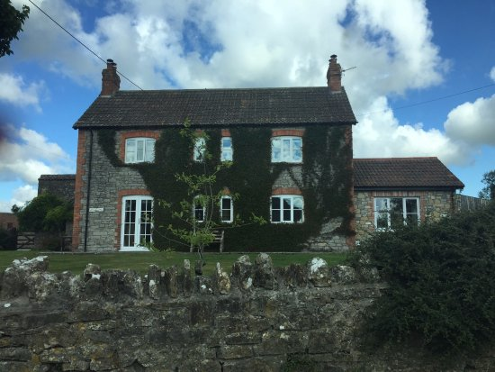 Wedmore, UK: Beautiful from the outside