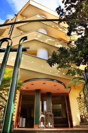 ホテル ヴィラ セレーナ