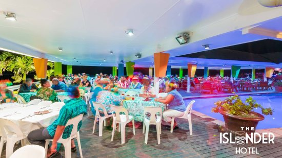 The Islander Restaurant: Groovy setting for a fun night out.