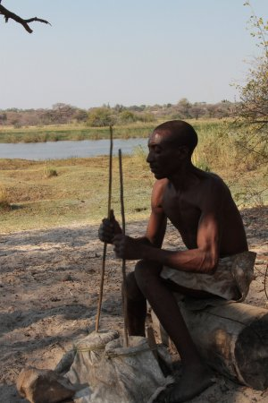 Rundu, Namibia: podtrzymanie ognia + kużnia