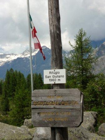 Caderzone Terme, Italy: Rifugio san Giuliano