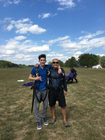 Jasper, TN : Had a great jump with and for my son's 18th birthday! Awesome overall experience, you can see th